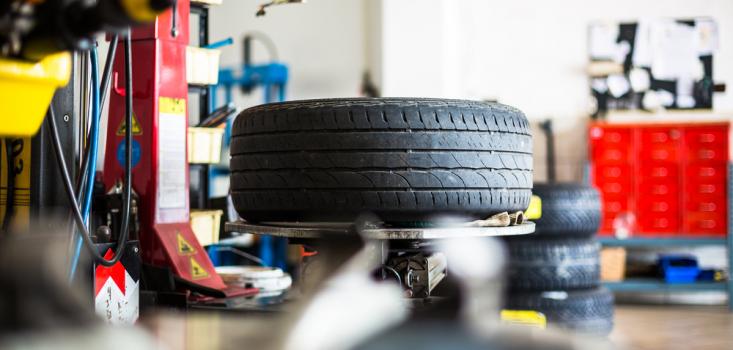 Budget vs Premium Tyres – The Debate!